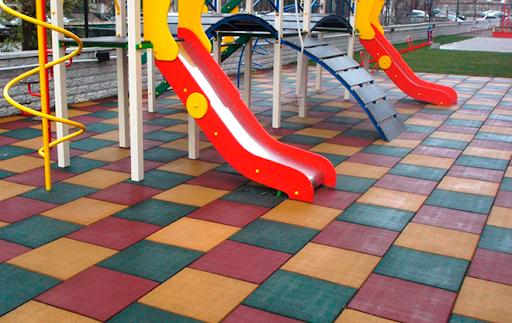 новые ГОСТы на оборудование и покрытие детских площадок